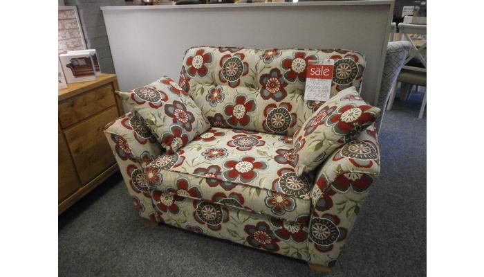 Vigo snuggler chair